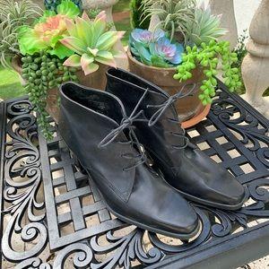 Ladies New Boots Enzo size 8.5